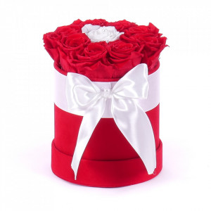 Aranjament floral Special One, cutie rotunda cu funda si trandafiri de sapun