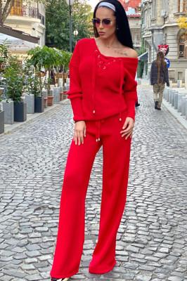 Compleu rosu dama tricotat cu bluza petrecuta si pantalon evazat