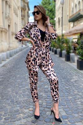 Costum dama Lorena Ghepa pantaloni si sacou