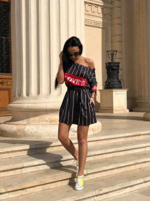 Rochie casuala de zi Loves neagra cu imprimeu trendy