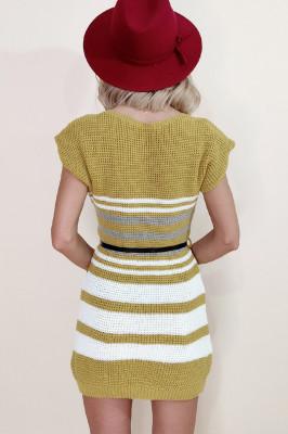 Rochie tricotata Lolla mustar cu dungi albe si gri, maneci scurte