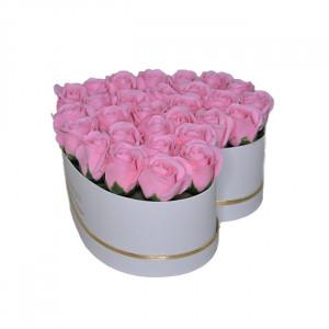 Aranjament floral inima cu trandafiri de sapun Special M