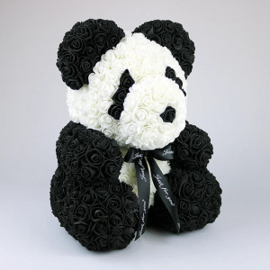 Ursulet floral Panda din trandafiri spuma, fara cutie