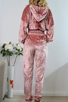 Compleu sport roze din catifea