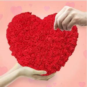 Aranjament Inima rosie din trandafiri de spuma, decorat manual, 32 cm
