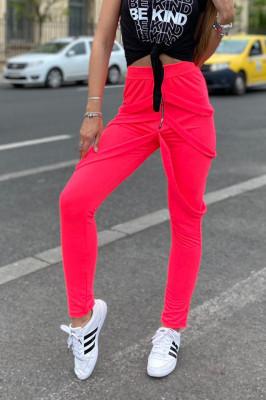Pantaloni dama roz cu fermoar si bretele
