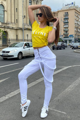 Compleu Gemina pantaloni cu bretele si tricou alb-galben