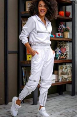 Compleu sport Intense Black White pantaloni si bluza