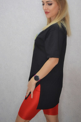 Tricou dama lung negru cu imprimeu botine verzi