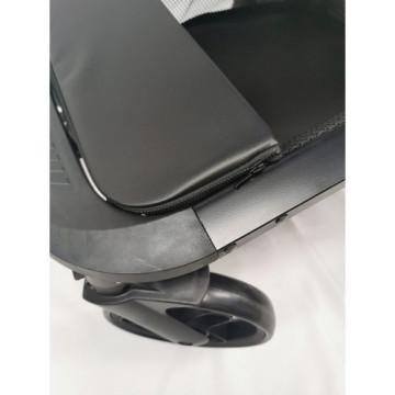 Carucior 2 in 1 Deluxe, reversibil, cu suspensii, F4 crem