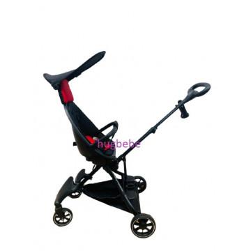 Carucior sport ultrausor, compact,cu scaun reversibil, parasolar rotativ, protectie UV, 6 luni-3 ani, negru /rosu
