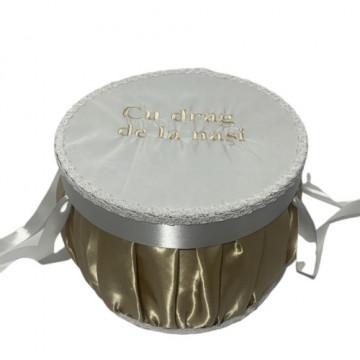 Cutie trusou pentru botez,rotunda, auriu/ivoire