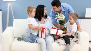 Cadouri pentru familie: surprinde-ti placut SARBATORITUL indiferent de varsta!