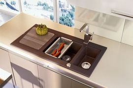 MODERN 1,5-BOWL SINK WITH DRAINING BOARD, WITH FITTINGS, ALABASTER GRANITE
