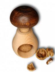Spargator de nuci ciuperca