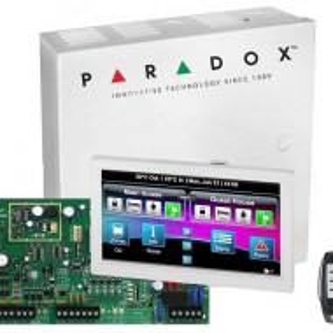 Kit Centrala Magellan Paradox 5 intrari pe placa cutie tastatura si telecomanda MG5050(CT)+TM70(L)+REM15