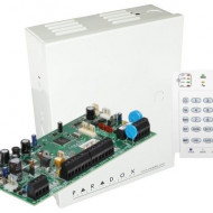 Centrala Paradox Spectra cu 5 zone cutie si tastatura SP5500(CT)+K10V