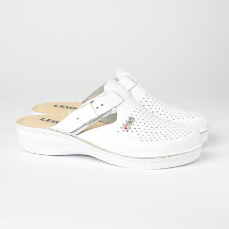 Slika Kožne papuče/klompe V260 bele