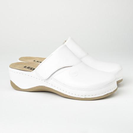 Slika Kožne papuče/klompe 2019 bele