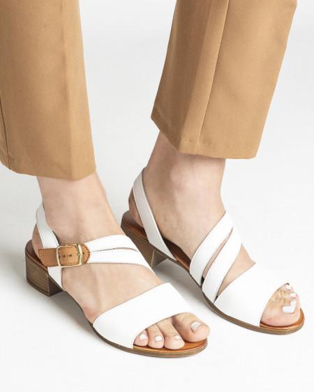 Slika Kožne sandale na malu petu 243050 bele