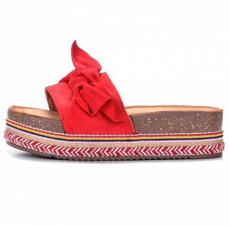 Slika Ženske papuče na debelom đonu LP781903 crvene