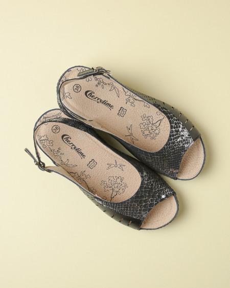 Slika Kožne ravne sandale 2051 bele