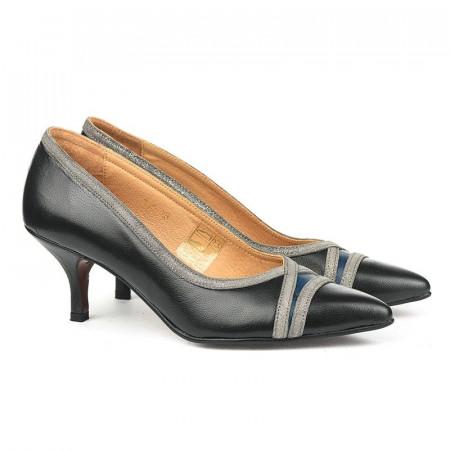 Slika Kožne ženske cipele na štiklu B979 crne