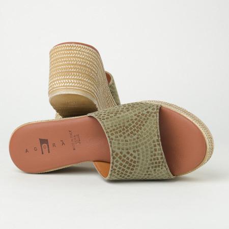 Slika Kožne ženske papuče KT01 maslimaste-print