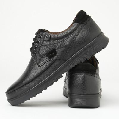 Kožne muške cipele na pertlanje T-7 crna