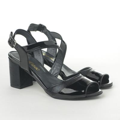 Sandale na štiklu T-141 crne