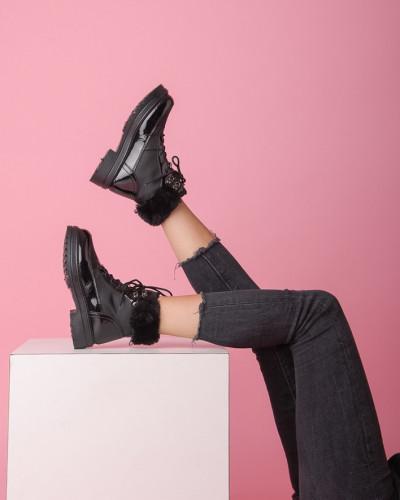 Ženske čizme sa krznom B301 crne