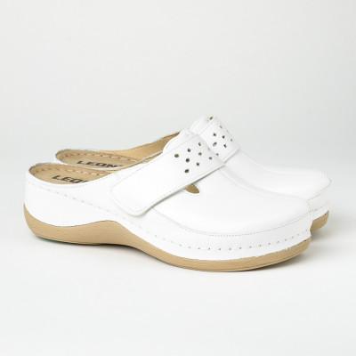 Kožne papuče/klompe 902 bele