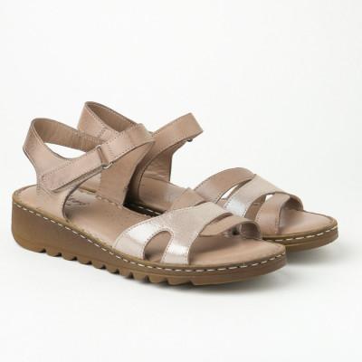 Kožne ravne sandale AS009 krem