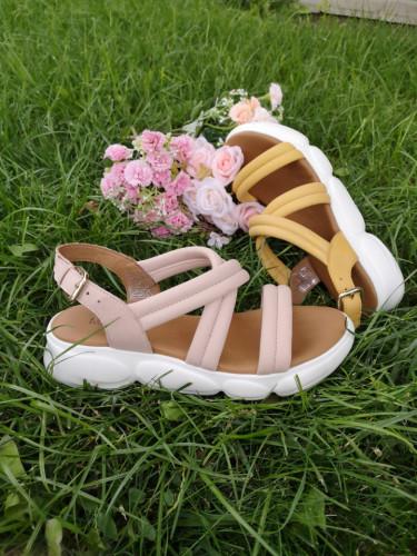 Kožne ženske sandale MS1083 puder roze