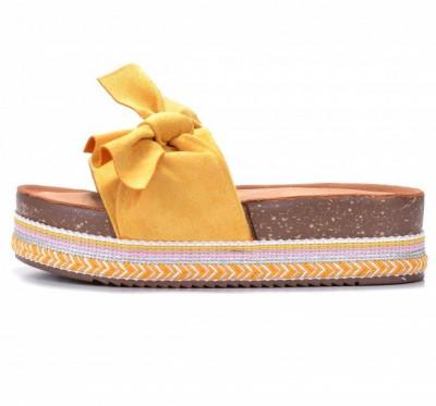 Ženske papuče na debelom đonu LP781903 žute