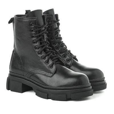 Ženske poluduboke čizme XT9953 crne