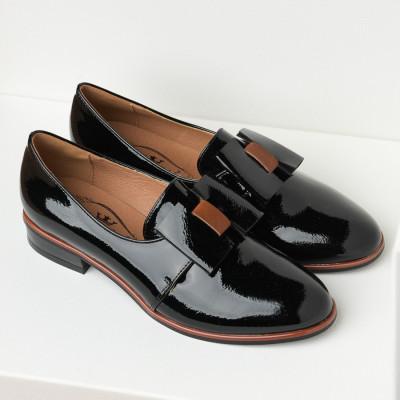 Lakovane cipele na malu petu C2134 crne