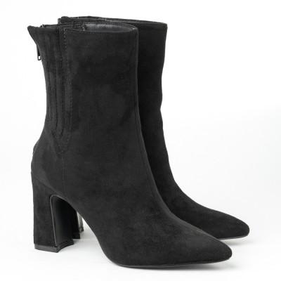Ženske poluduboke čizme A152 crne