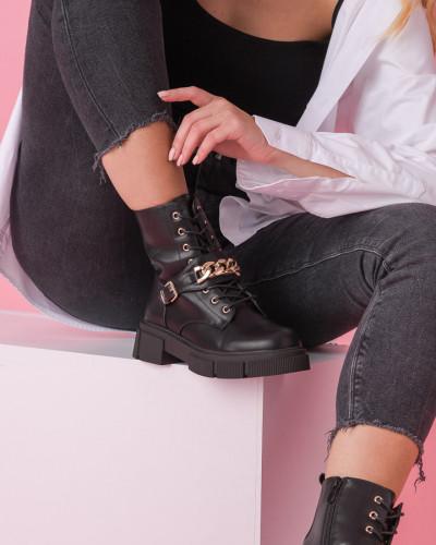 Ženske poluduboke čizme CA613 crne