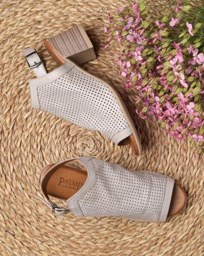 Kožne sandale na štiklu 1715 svetlo sive