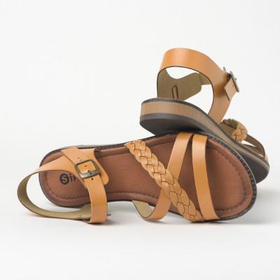 Ravne sandale 621 kamel