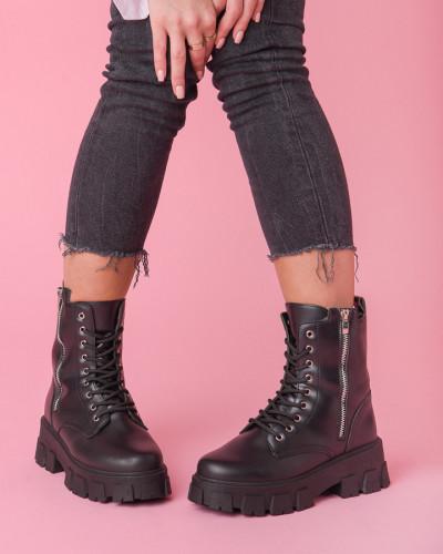 Ženske poluduboke čizme B52 crne