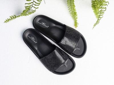 Ženske gumene papuče A4 crne