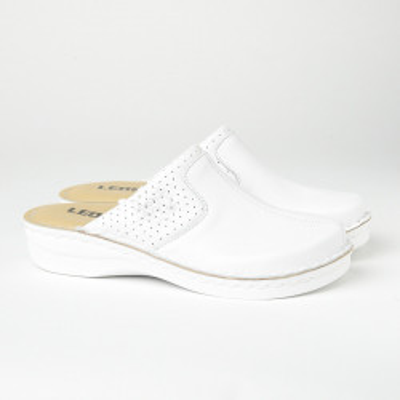 Kožne papuče/klompe 360 bele