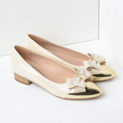 Lakovane cipele u špic C2119 bež zlatne