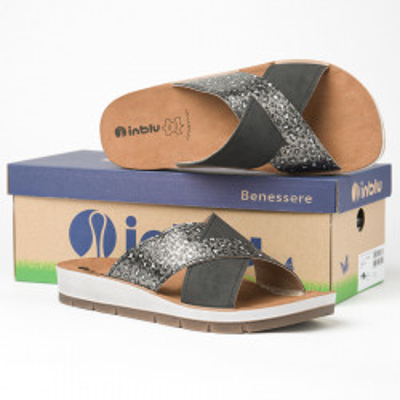 Ravne papuče CP000009 crne sa printom