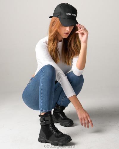 Ženske poluduboke čizme A153 crne