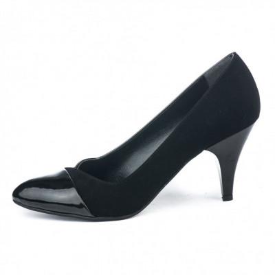 Cipele na malu štiklu 3030 crna