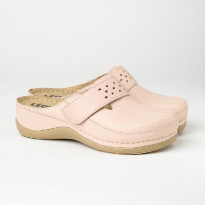 Kožne papuče/klompe 902 puder roze