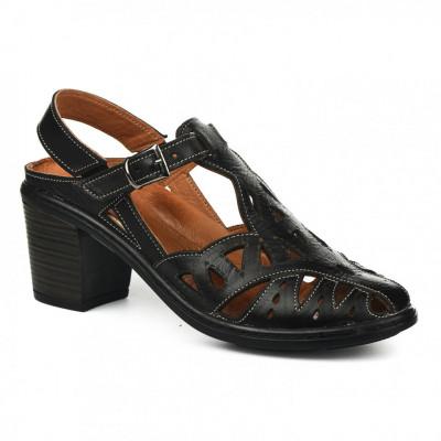 Kožne ženske sandale K1610/501 crne
